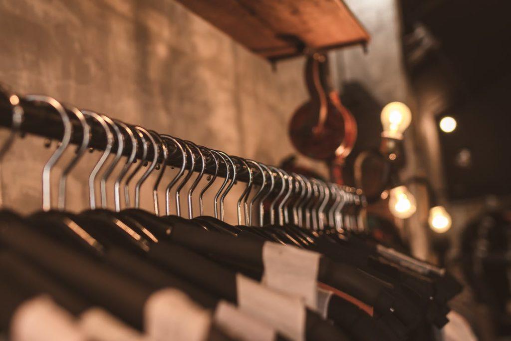 Как начать продавать одежду в интернет-магазине