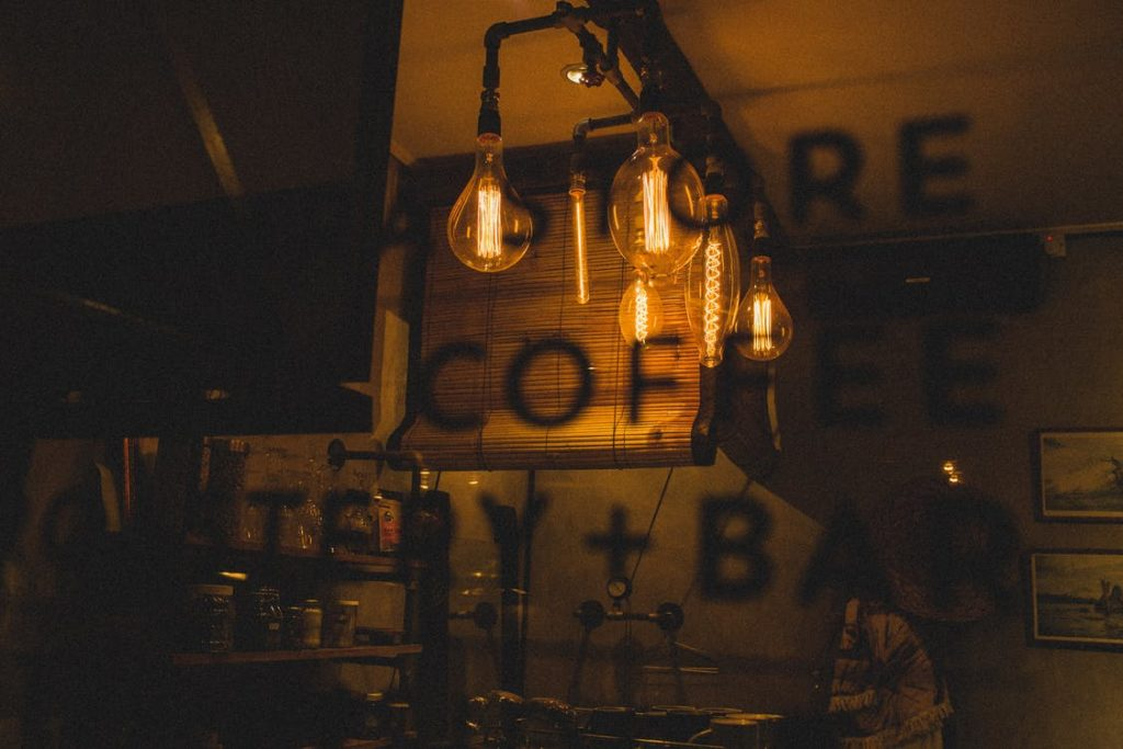 Преимущества и недостатки открытия баров