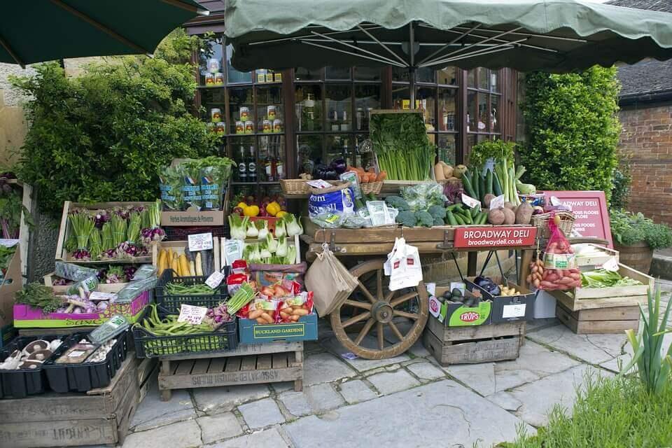 Как открыть ларек с овощами и фруктами